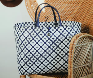 Handed by Shopper Motif Bag